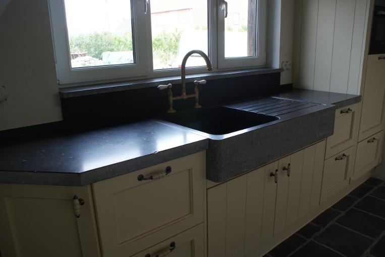 Keuken Blauwe Steen : Keukenbladen in natuursteen,graniet, arduin, composiet, blauwe steen